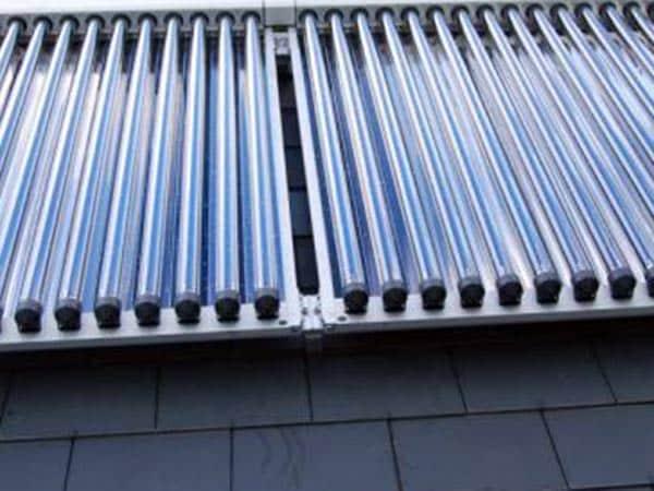 Montaggio-pannelli-solari-termici-reggio-emilia